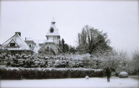 Une maison blanche à Boitsfort, une